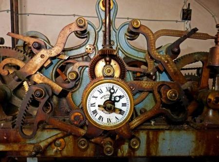 clock-1410680_960_720