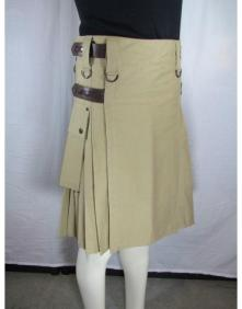 "Our Cargo Kilt is adjustable 6"" across both the waist and the hip"