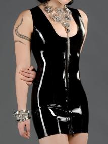 polymorphe-dp-latex-elegance-dress